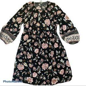 Old Navy Maternity Waist-Defined Floral Dress